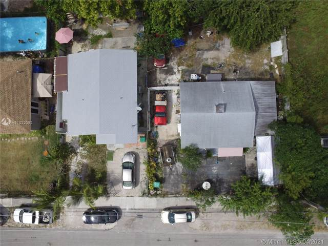 2231-2235 NW 91st St, Miami, FL 33147 (MLS #A11022092) :: The Riley Smith Group