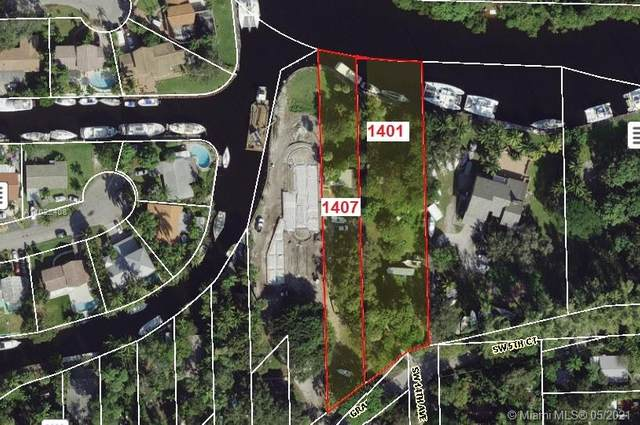 1407 SW 5th Ct, Fort Lauderdale, FL 33312 (MLS #A11022408) :: The Howland Group