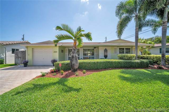2005 N 32nd Ct, Hollywood, FL 33021 (MLS #A11023714) :: The Rose Harris Group