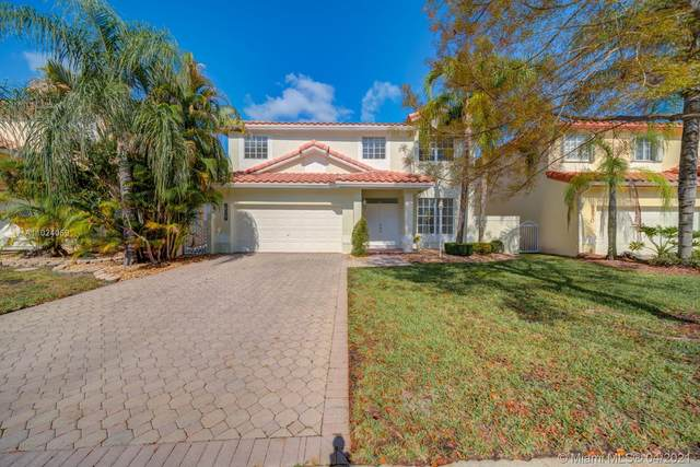 5256 NW 106th Ct, Doral, FL 33178 (MLS #A11024059) :: The Riley Smith Group