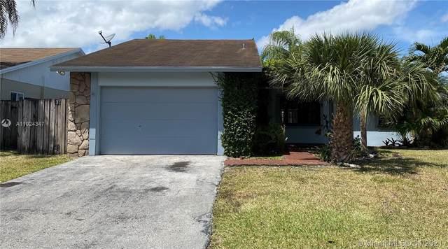 1335 N Fieldlark Ln, Homestead, FL 33035 (MLS #A11024347) :: The Riley Smith Group