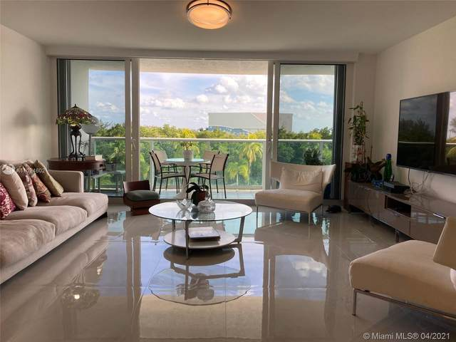 100 Bayview Dr #426, Sunny Isles Beach, FL 33160 (MLS #A11024602) :: The Riley Smith Group