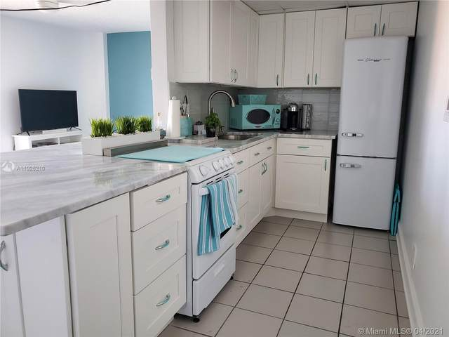 Fort Lauderdale, FL 33316 :: Equity Realty