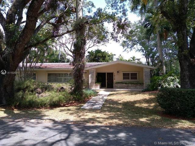 1215 Alfonso Ave, Coral Gables, FL 33146 (MLS #A11026517) :: The Rose Harris Group