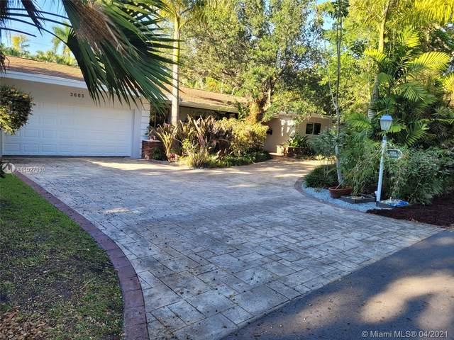 3685 Battersea Rd, Miami, FL 33133 (MLS #A11027330) :: Green Realty Properties