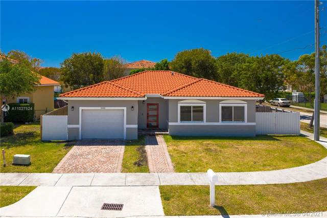 10892 SW 181st Ter, Palmetto Bay, FL 33157 (MLS #A11027524) :: Carole Smith Real Estate Team