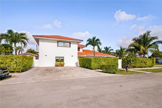 10000 SW 45th St, Miami, FL 33165 (MLS #A11028033) :: The Riley Smith Group