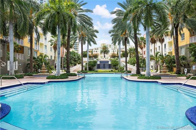 140 Meridian Ave #334, Miami Beach, FL 33139 (MLS #A11029464) :: The Riley Smith Group