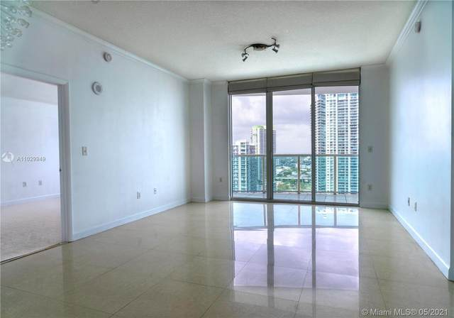 31 SE 5th St #3419, Miami, FL 33131 (MLS #A11029949) :: The Teri Arbogast Team at Keller Williams Partners SW