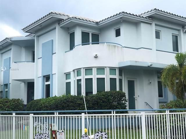 4350 Post Ave, Miami Beach, FL 33140 (MLS #A11030579) :: The Teri Arbogast Team at Keller Williams Partners SW