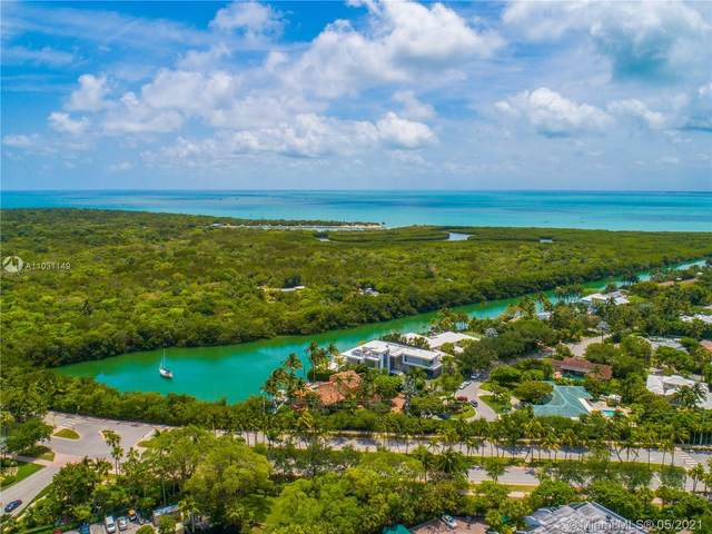 881 Ocean Dr 9A, Key Biscayne, FL 33149 (MLS #A11031149) :: The Howland Group