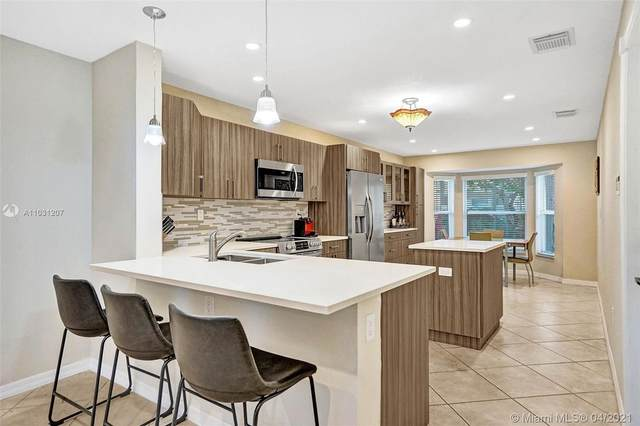 1960 Sweetbay Way, Hollywood, FL 33019 (MLS #A11031207) :: The Rose Harris Group