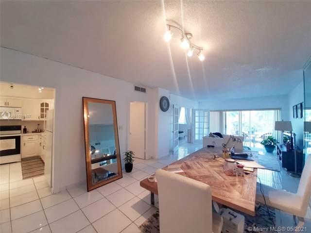 500 Bayview Dr #217, Sunny Isles Beach, FL 33160 (MLS #A11031407) :: Compass FL LLC