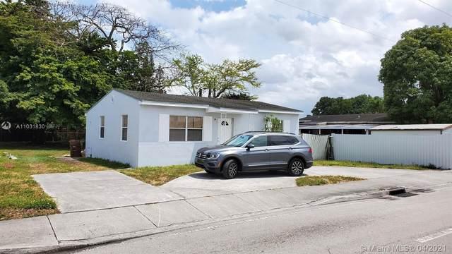 5449 E 4th Ave, Hialeah, FL 33013 (MLS #A11031830) :: Team Citron