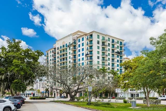 1300 Ponce De Leon Blvd #810, Coral Gables, FL 33134 (MLS #A11033447) :: The Teri Arbogast Team at Keller Williams Partners SW