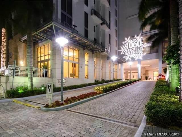 1060 Brickell Ave #1207, Miami, FL 33131 (MLS #A11033974) :: The MPH Team