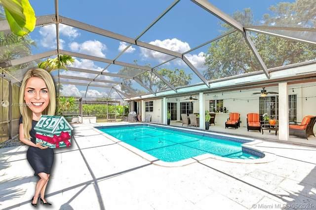 7400 SW 162nd St, Palmetto Bay, FL 33157 (MLS #A11036306) :: Carole Smith Real Estate Team