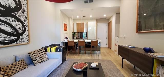 2831 S Bayshore Dr #407, Miami, FL 33133 (#A11036451) :: Posh Properties