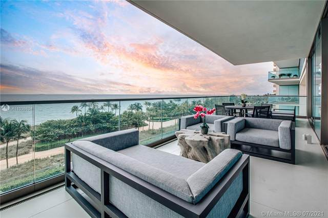 10203 Collins Ave #503, Bal Harbour, FL 33154 (MLS #A11036634) :: Berkshire Hathaway HomeServices EWM Realty