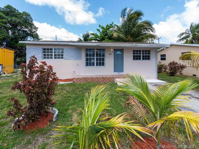 351 NW 30th Ter, Fort Lauderdale, FL 33311 (MLS #A11037709) :: The Riley Smith Group