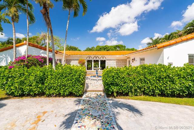 1110 Wallace St, Coral Gables, FL 33134 (MLS #A11038610) :: The Riley Smith Group