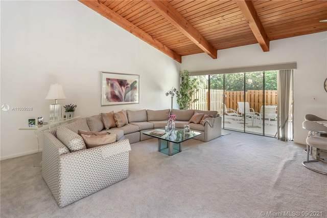 2671 S Parkview Dr, Hallandale Beach, FL 33009 (MLS #A11039028) :: Castelli Real Estate Services