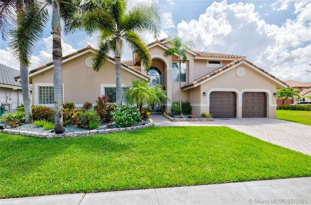 10240 SW 13th St, Pembroke Pines, FL 33025 (MLS #A11039289) :: Equity Realty
