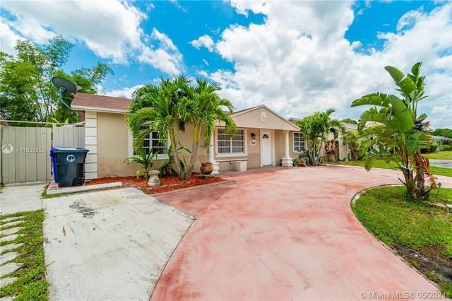 7706 SW 6th St, North Lauderdale, FL 33068 (MLS #A11039853) :: Team Citron