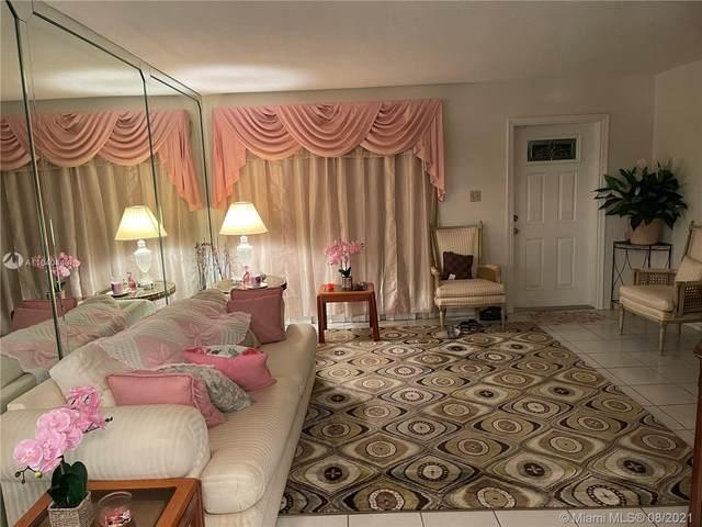 6905 NW 70th St, Tamarac, FL 33321 (MLS #A11040440) :: Berkshire Hathaway HomeServices EWM Realty
