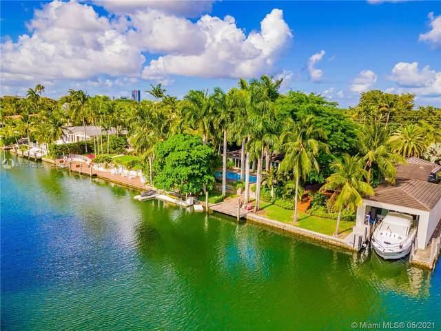 5724 Riviera Dr, Coral Gables, FL 33146 (MLS #A11042312) :: Equity Advisor Team