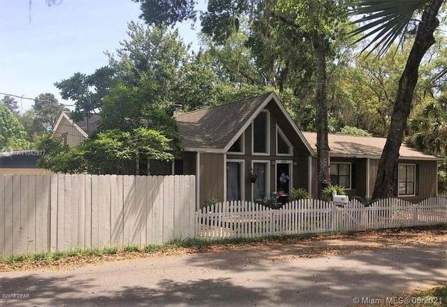 401 S Macarthur Ave, Other City - In The State Of Florida, FL 32401 (MLS #A11042877) :: The Riley Smith Group