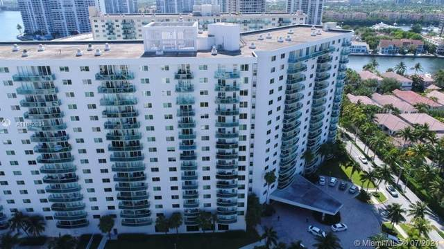 19380 Collins Ave #405, Sunny Isles Beach, FL 33160 (MLS #A11042884) :: The Howland Group
