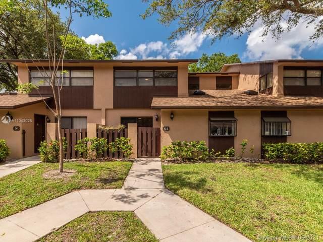 7670 NW 79th Ave O2, Tamarac, FL 33321 (MLS #A11043025) :: The Rose Harris Group
