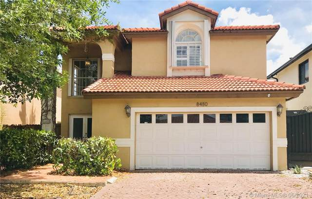 8480 NW 196th Ter, Hialeah, FL 33015 (MLS #A11044190) :: The Riley Smith Group