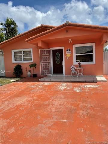 10400 SW 26th St, Miami, FL 33165 (MLS #A11044930) :: The Teri Arbogast Team at Keller Williams Partners SW