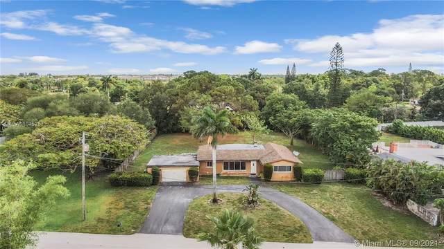 4341 SW 2nd Ct, Plantation, FL 33317 (MLS #A11045257) :: Castelli Real Estate Services