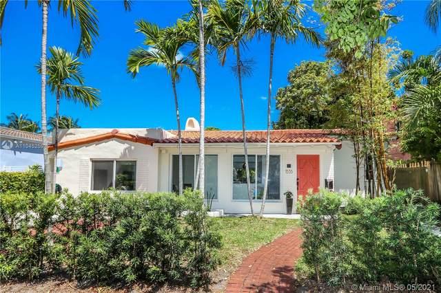 1535 Bay Dr, Miami Beach, FL 33141 (MLS #A11045259) :: Team Citron