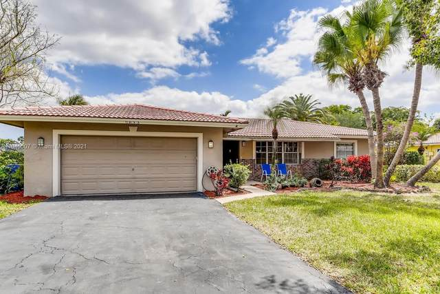 2833 NW 87th Ave, Coral Springs, FL 33065 (#A11045507) :: Posh Properties