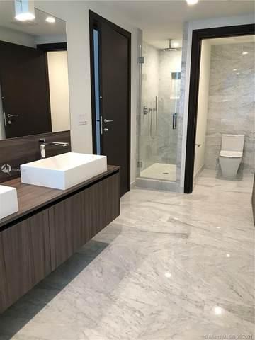 1000 Brickell Plz #2409, Miami, FL 33131 (MLS #A11046048) :: Castelli Real Estate Services