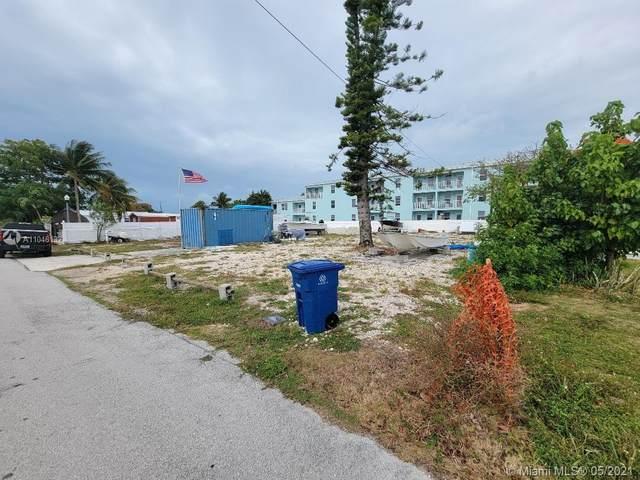 863 74th Street Ocean, Marathon, FL 33050 (MLS #A11046132) :: Onepath Realty - The Luis Andrew Group