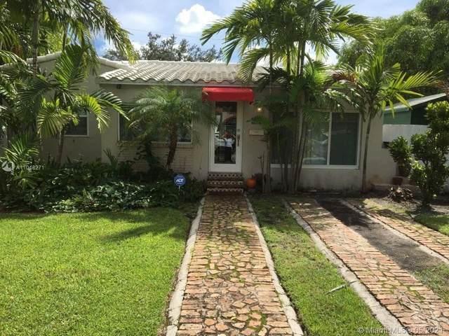 4260 SW 11th St, Miami, FL 33134 (MLS #A11046271) :: Team Citron
