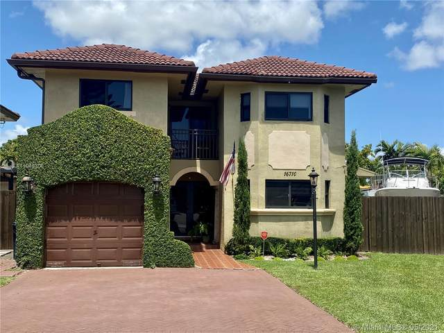 16710 SW 140th Ave, Miami, FL 33177 (MLS #A11046308) :: The Riley Smith Group