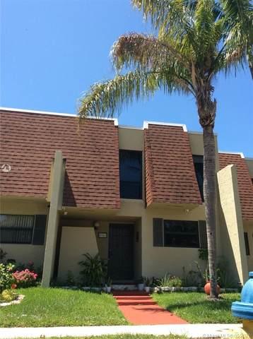 8981 Palm Tree Ln #8981, Pembroke Pines, FL 33024 (MLS #A11047543) :: Douglas Elliman