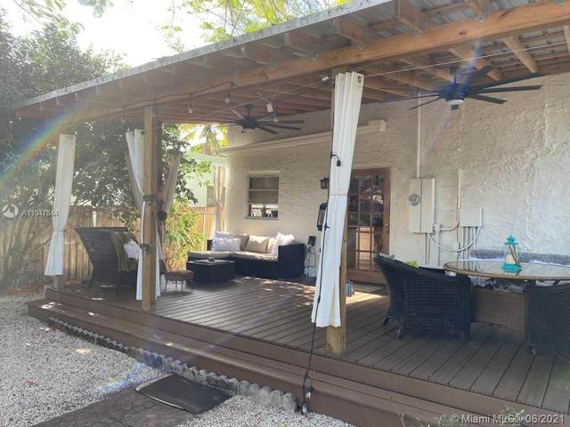 1640 Funston St, Hollywood, FL 33020 (MLS #A11047844) :: Berkshire Hathaway HomeServices EWM Realty