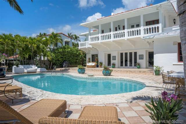 5681 Pine Tree Dr, Miami Beach, FL 33140 (MLS #A11048073) :: The Paiz Group