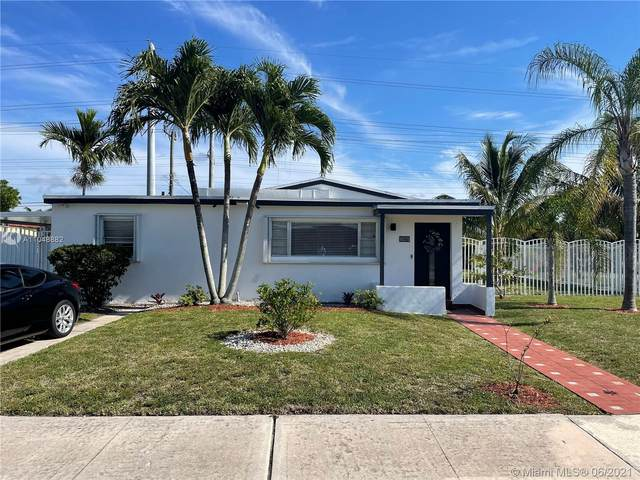 10270 SW 35th Ter, Miami, FL 33165 (MLS #A11048882) :: The Riley Smith Group