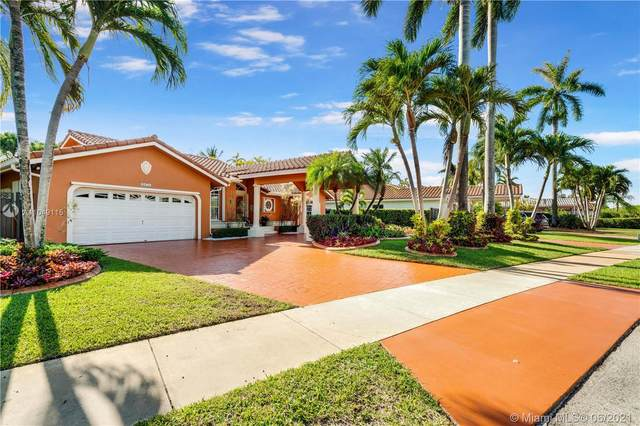 Miami, FL 33175 :: The Riley Smith Group