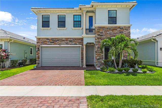 3834 NW 89th Way, Coral Springs, FL 33065 (MLS #A11049359) :: Team Citron