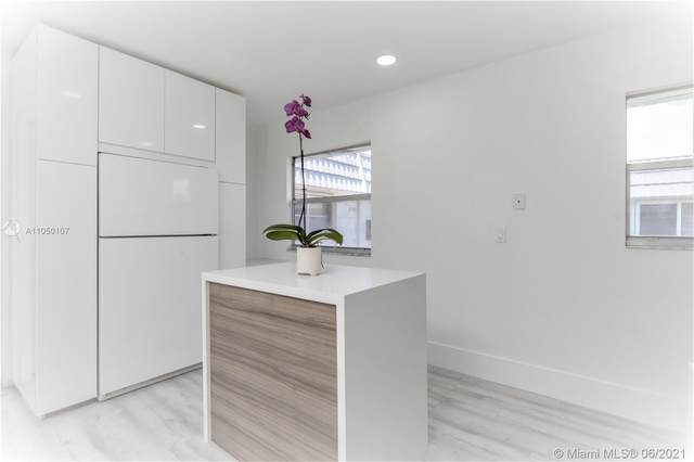 128 Valencia F F, Delray Beach, FL 33446 (MLS #A11050107) :: Onepath Realty - The Luis Andrew Group