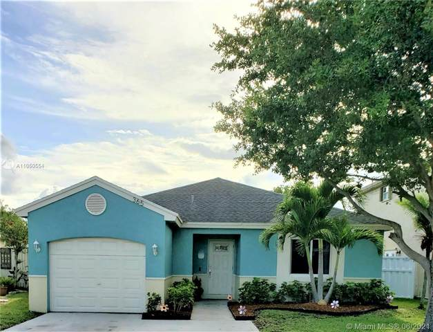 365 W Riverbend Dr, Sunrise, FL 33326 (MLS #A11050554) :: The Riley Smith Group